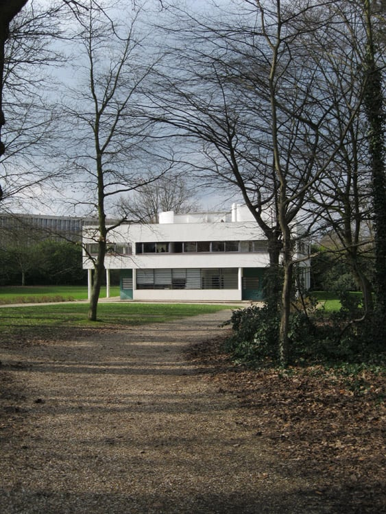 Villa Savoye – the approach