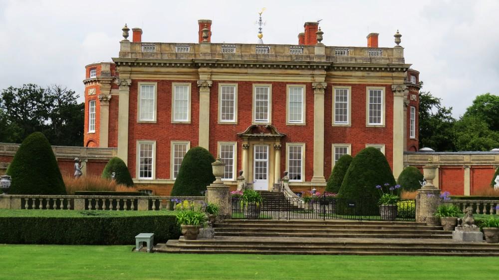 Cottesbrooke Hall