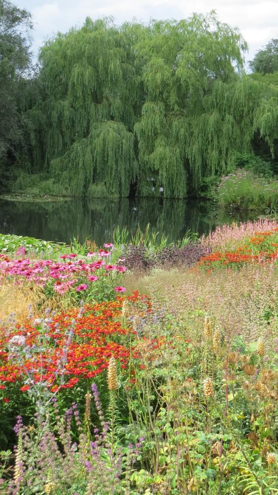 Millennium Garden 2
