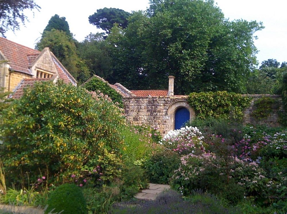 The White Sunk Garden