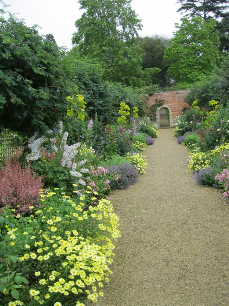 Summer Planting to The Parent's Walk