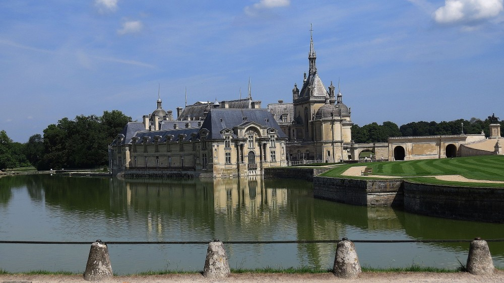 Chateau and Enlarged Moat
