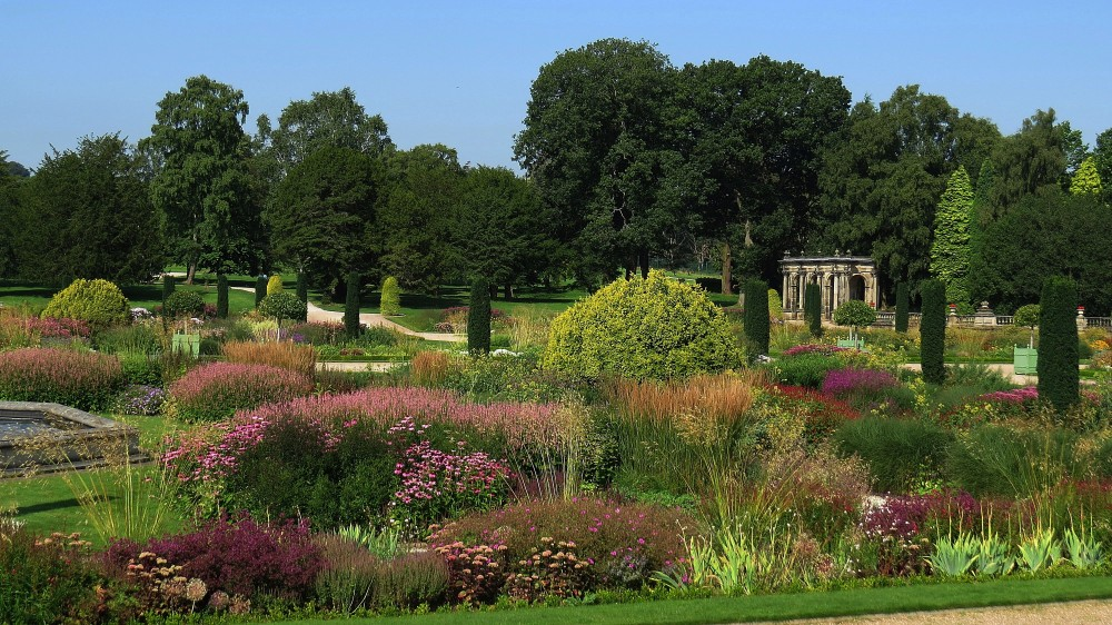 Tom Stuart Smith's Informal Planting of the Parterre