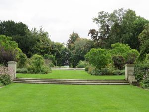 The Secret Garden: The Circular Garden