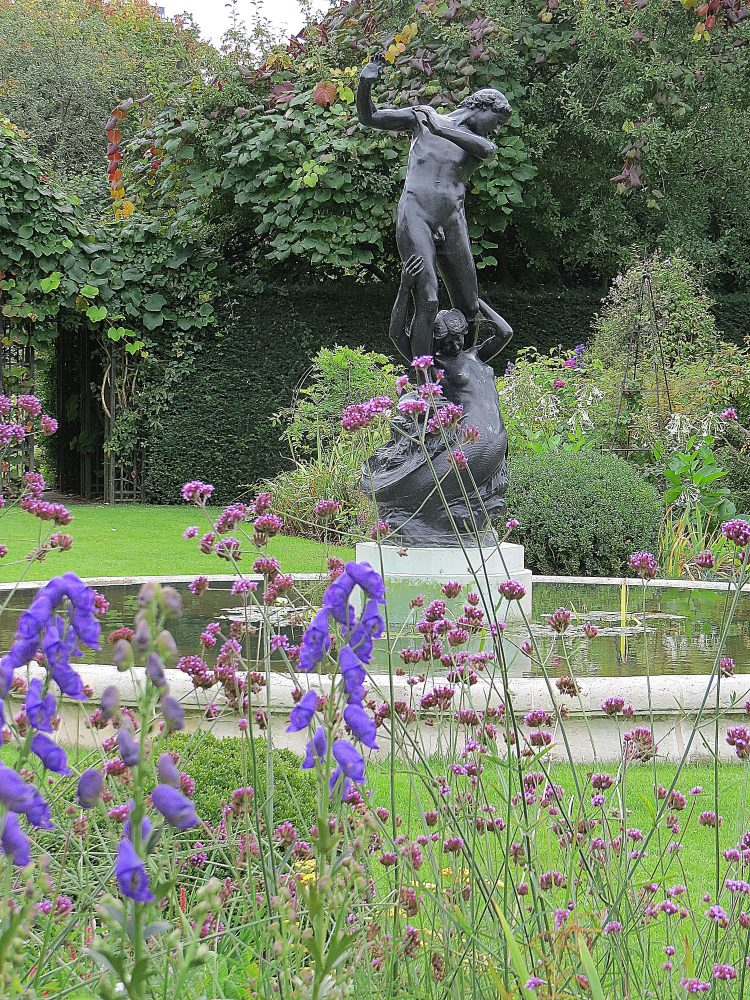 The Circular Garden: 'Hylas and the Nymph'