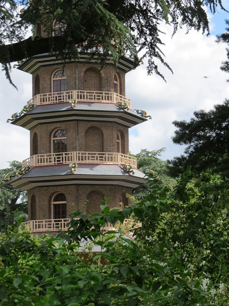 April - The Pagoda and also the Japanese Landscape, the Magnolia Collection and spring bulbs